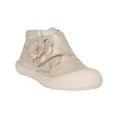 pantofii primii pasi